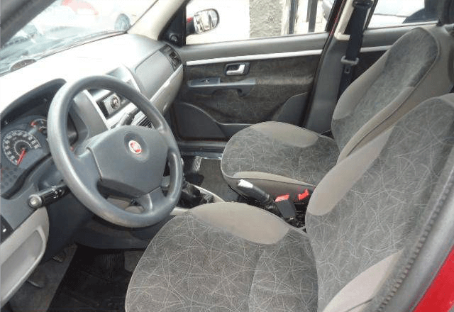 Fiat Palio ELX 1.0 Attractive 4 Portas Vinho