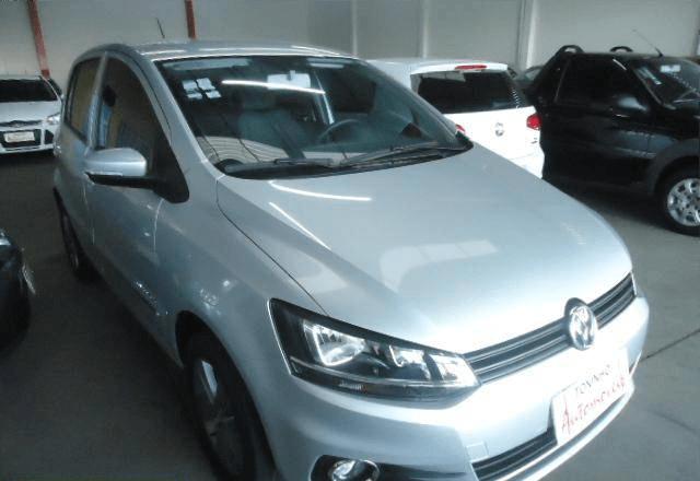 Volkswagen Fox Comfortline 1.6 MSI 4 Portas