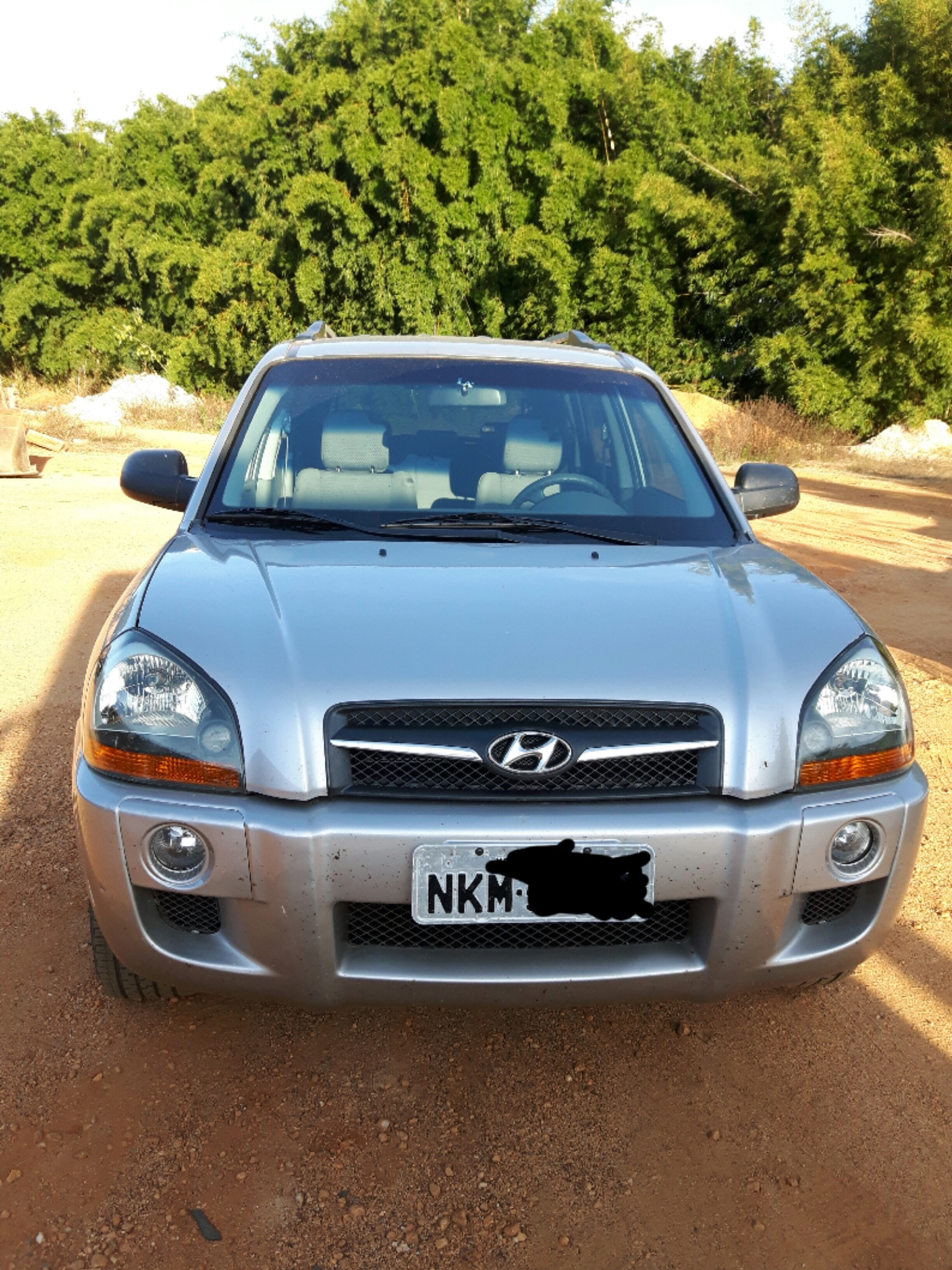 Vendo Hyundai Tucson GL 2.0 2010 Carro Extra